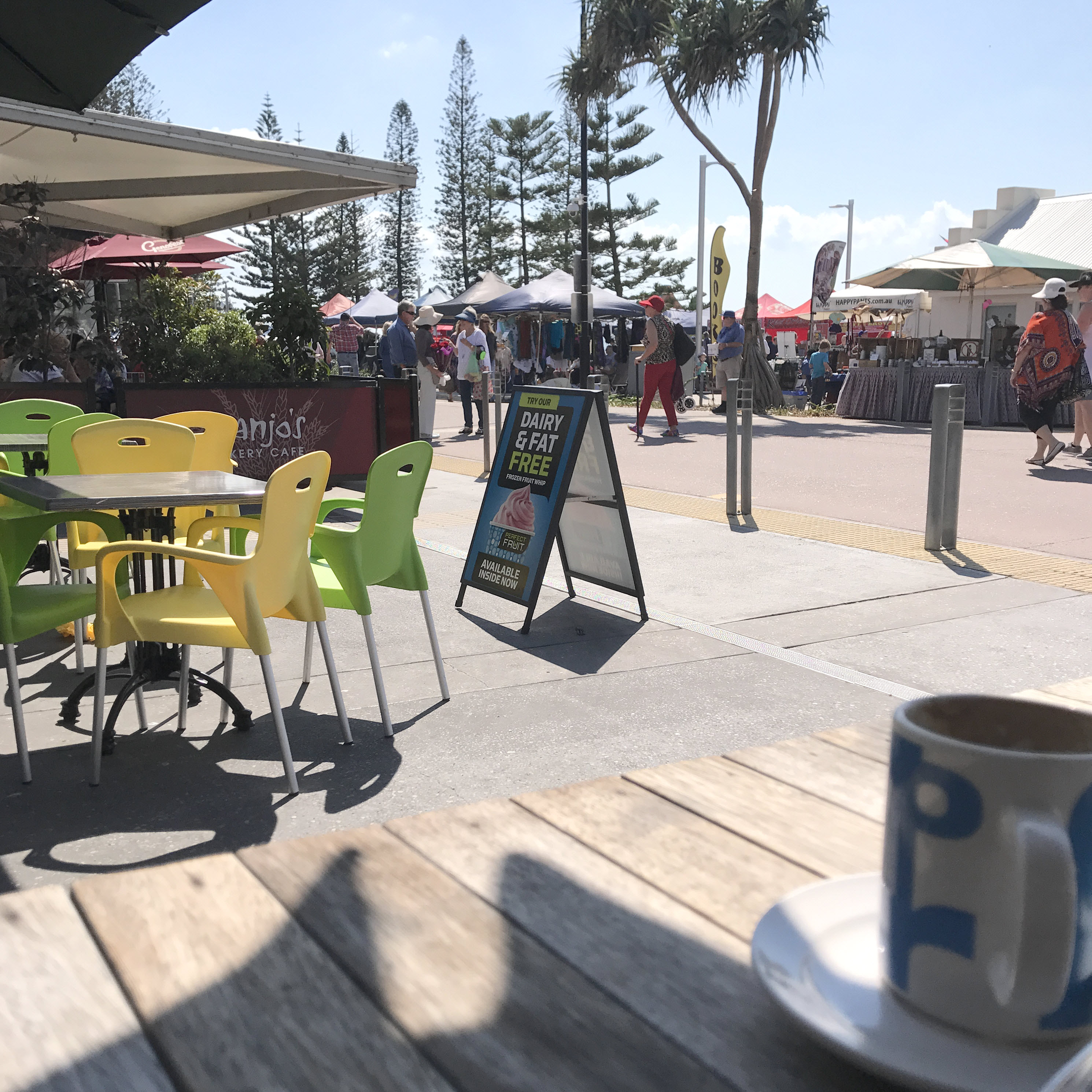 redcliffe-markets-sunday
